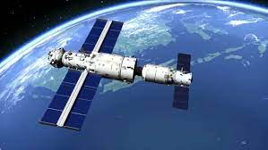 Tianzhou2-Cargo-Spacecraft-Docks-with-chinese-space-station
